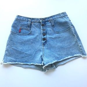 Vintage Lei Hi Rise Exposed Button Cut Off Shorts